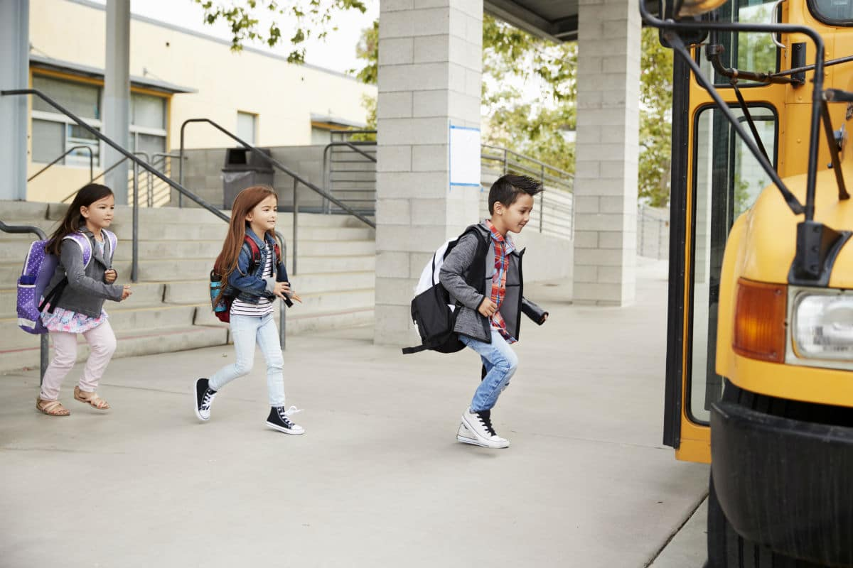Why Two-Way Radios Should Be Used In More Schools