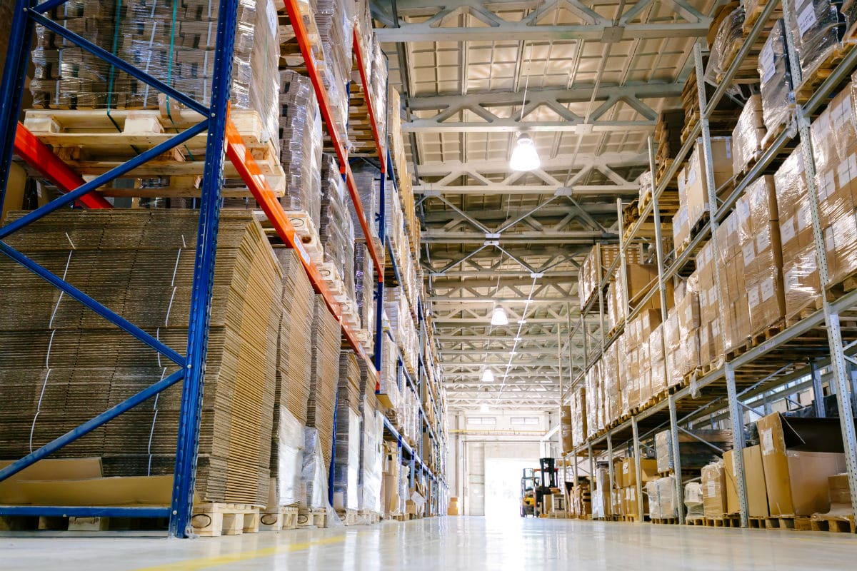 Four Reasons Why Your Warehouse Needs Two-Way Radios